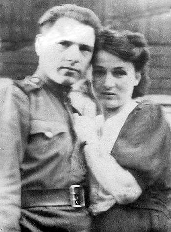Полковник Василий Терентьевич Белых с женой Людмилой