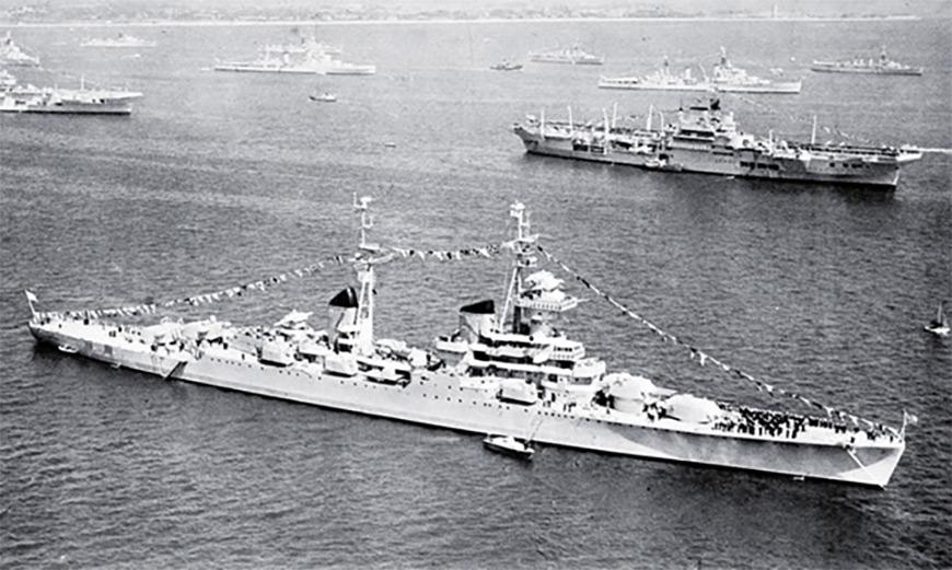 Крейсер «Свердлов» на королевском смотре 1953 года
